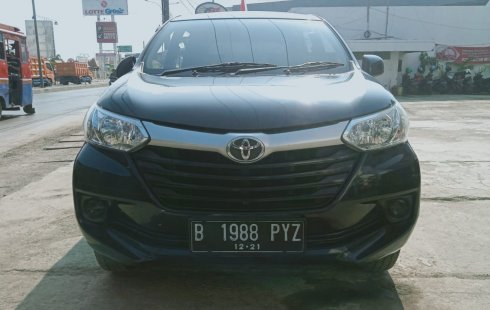 Dijual Cepat Toyota Avanza E 2016 Hitam di Bekasi