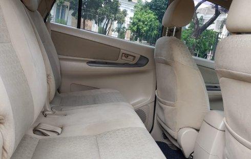 Dijual Mobil Toyota Kijang Innova 2.0 G 2006 di Tangerang Selatan