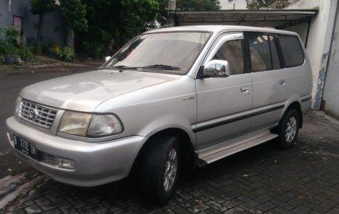 Jual Mobil Toyota Kijang LGX 2.0 AT 2000 Mulus di Jawa Timur