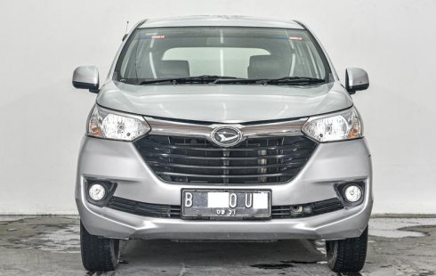 Dijual Mobil Bekas Daihatsu Xenia R STD 2016 di Depok