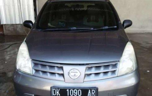 Mobil Nissan Grand Livina 2009 XV terbaik di Bali