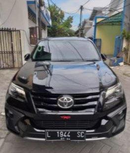 Dijual Cepat Toyota Fortuner VRZ 2019 di Jawa Timur