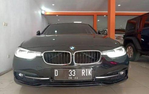Jual Mobil Bekas BMW 3 Series 320i 2016 di Jawa Barat
