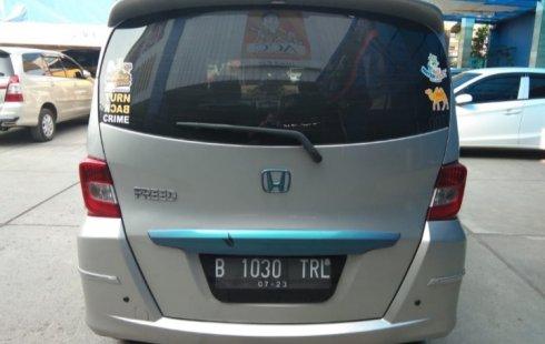 Jual Mobil Bekas Honda Freed PSD 2013 di Bekasi