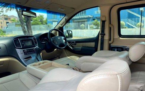 Jual Mobil Hyundai H-1 Royale 2011 Putih di DKI Jakarta