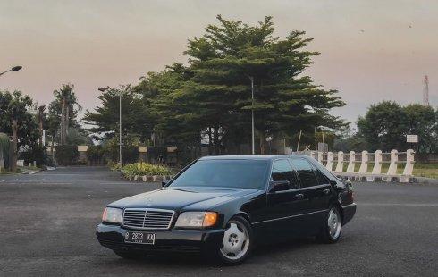 Mercedes-Benz S-Class 300 SE 1992
