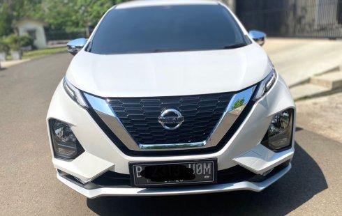 Nissan Livina VL