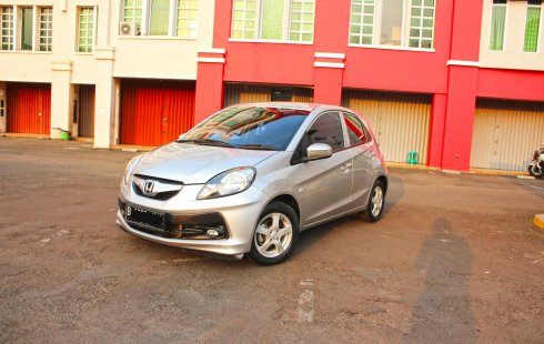 Dijual Honda Brio Satya E 2014 DP Minim DP Pake Motor KM 30rb di DKI Jakarta