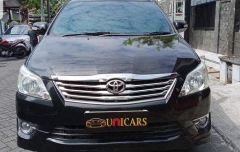 Toyota Kijang Innova G Luxury at 2013 hitam bisa tuker tambah mobil lain