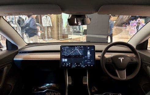 Brand New 2020 Tesla Model 3 Standard Range Plus Blue On Black 4468718