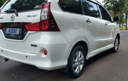 Toyota Avanza Veloz 1.3 cc matic 2014