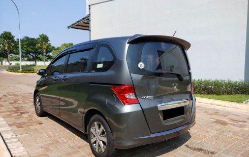 Honda Freed PSD 1.5 matic 2011