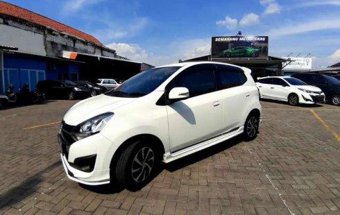 Jual mobil bekas murah Daihatsu Ayla 1.2 R Deluxe 2017 di Jawa Tengah