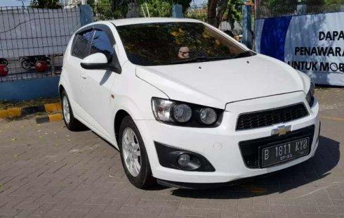 Mobil Chevrolet Aveo 2012 LT dijual, Jawa Timur
