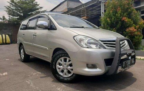 Jual cepat Toyota Kijang Innova G 2011 di Jawa Barat