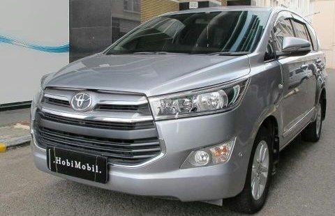 Toyota Kijang Innova V