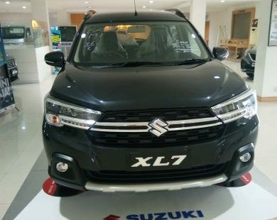 Suzuki XL7 AKHIR TAHUN DISCOUNT 30 JTAAN