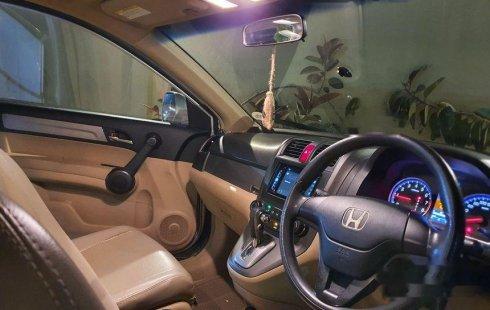 Mobil Honda CR-V 2010 2.0 i-VTEC terbaik di Gorontalo