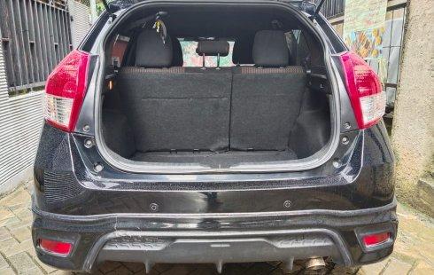 Jual mobil Toyota Yaris 2015
