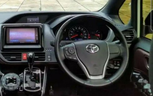 DKI Jakarta, jual mobil Toyota Voxy 2019 dengan harga terjangkau