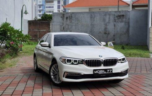 BMW 5 Series 530i 2018 Putih