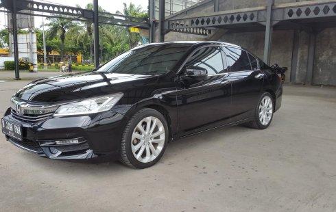 Honda Accord 2.4 VTi-L 2016 Black On Beige Facelift Siap Pakai TDP 100Jt
