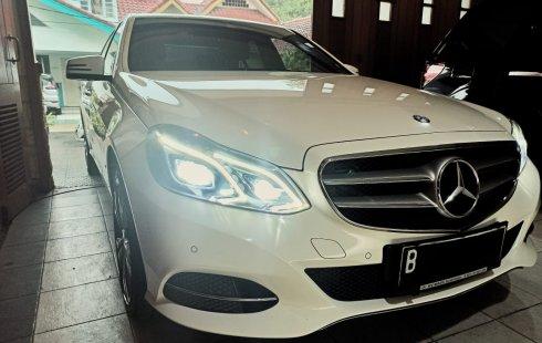 Mercedes E250 Avantgarde 2014/2015 Putih, Tangan pertama, Terawat, Kondisi Istimewa