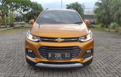 Chevrolet Trax 1.4 Premier Turbo 2018 Orange On Black Tgn1 Mulus TDP 70Jt