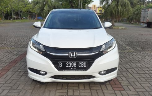 Honda HR-V 1.8 Prestige 2015 White On Black Tgn 1 Pjk Pjg TDP 60Jt