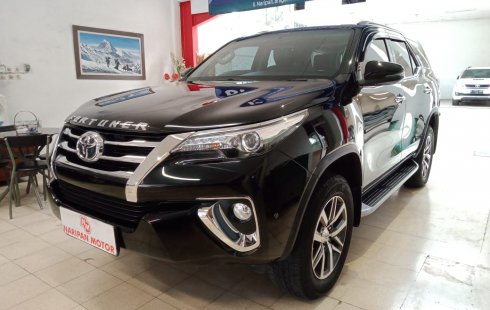 Toyota New Fortuner 2.4 VRZ Diesel AT 2017 Hitam Km Rendah