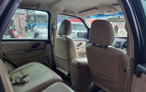 Jual cepat Ford Escape XLT 2007 di DKI Jakarta