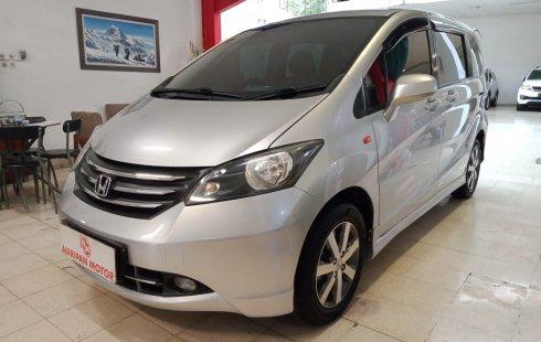 Honda Freed 1.5 E PSD AT 2010 Silver Promo
