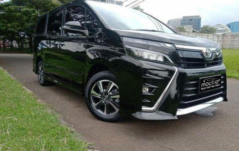Jual mobil Toyota Voxy 2018 , Kota Tangerang, Banten
