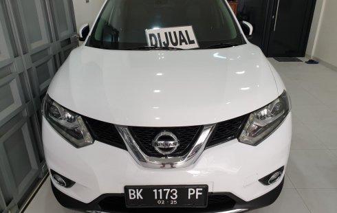 Nissan X-Trail 2.5 CVT 2015 Putih