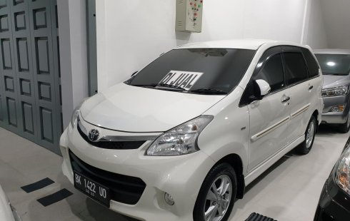 Toyota Avanza Veloz 2015 Putih