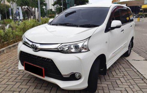 Toyota Avanza Veloz 1.5 AT 2017 KM 23rb