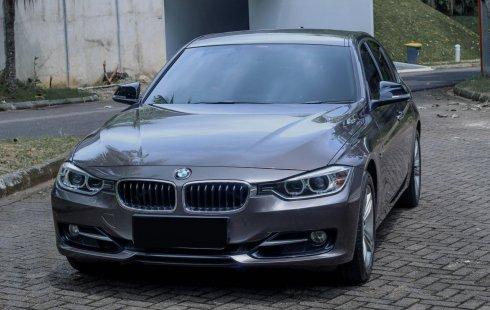 BMW 3 Series 320i Sport 2015 - Havana Beige