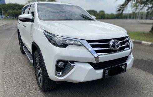 Toyota Fortuner 2.7 SRZ AT 2016 SUV