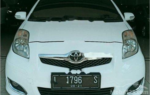 Mobil Toyota Yaris 2011 E dijual, Jawa Timur