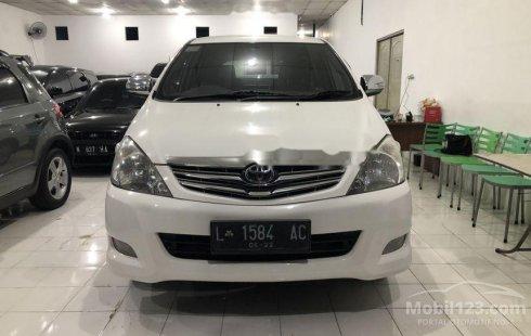 Dijual mobil bekas Toyota Kijang Innova V Luxury, Jawa Timur
