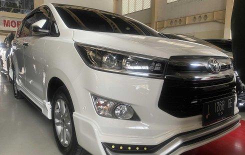 Mobil Toyota Kijang Innova 2.0 V 2019 Putih