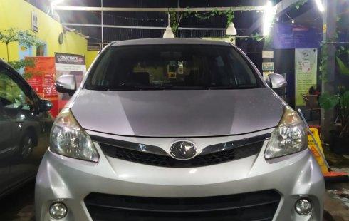 Toyota Avanza Veloz 2014 Silver Automatic Plat Genap Jakarta Pajak Panjang Nego Kilometer Rendah