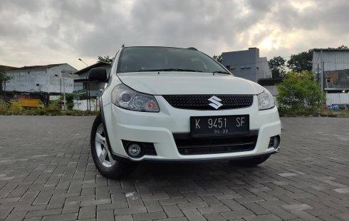 Suzuki SX4 X-Over Manual Pemakaian 2013 (Tahun Rakit 2012) Original, Apik, Istimewa