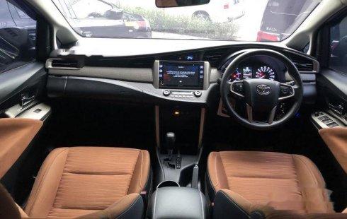 Mobil Toyota Kijang Innova 2016 V terbaik di Jawa Timur