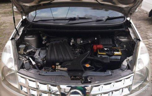 Nissan Grand Livina 2011 Banten dijual dengan harga termurah