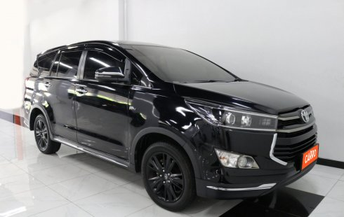 Toyota Innova 2.0 Venturer AT 2019 Hitam