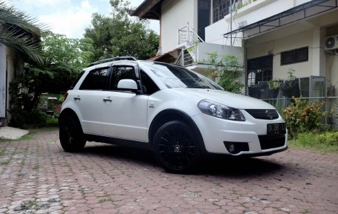 Suzuki SX4 X-Over 2013 di Bali