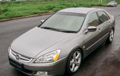 Honda Accord VTIL M/T 2003 - Silver - Genap