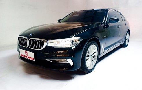 BMW 530i Luxury Line AT 2018 Hitam Km 1000 Baru Antik Promo 530