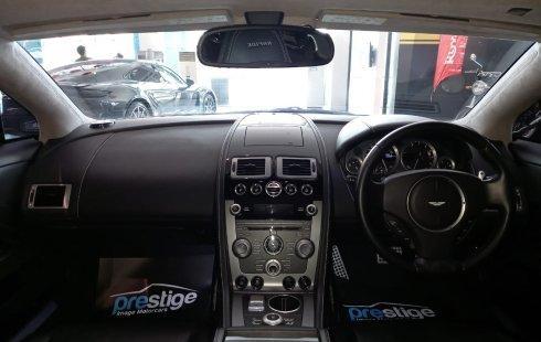 Aston Martin Rapide Silver on Black 2011